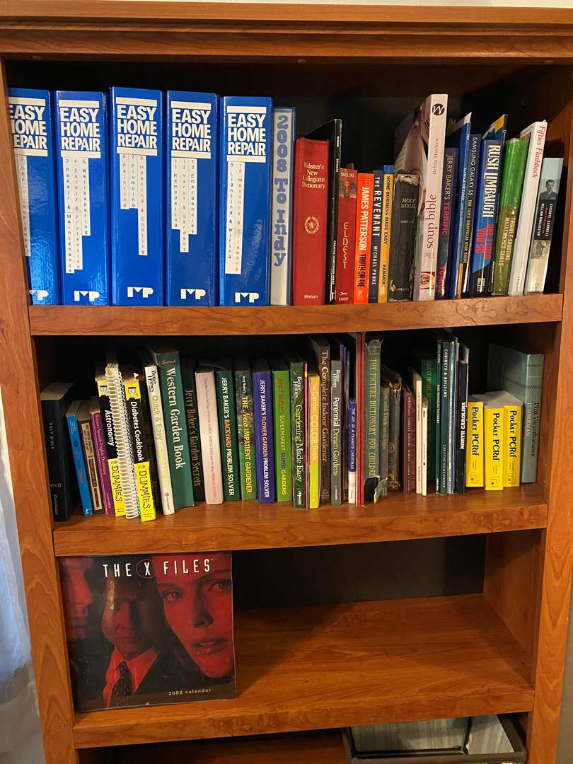 Lot # 3 - Selection of Books: Novels, Gardening, How-To, Religious & More.. (main image)