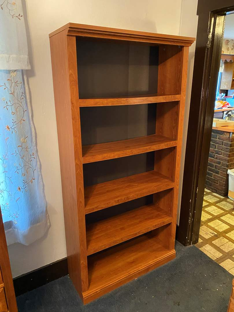 Lot # 4 - Wood Book Shelf (main image)