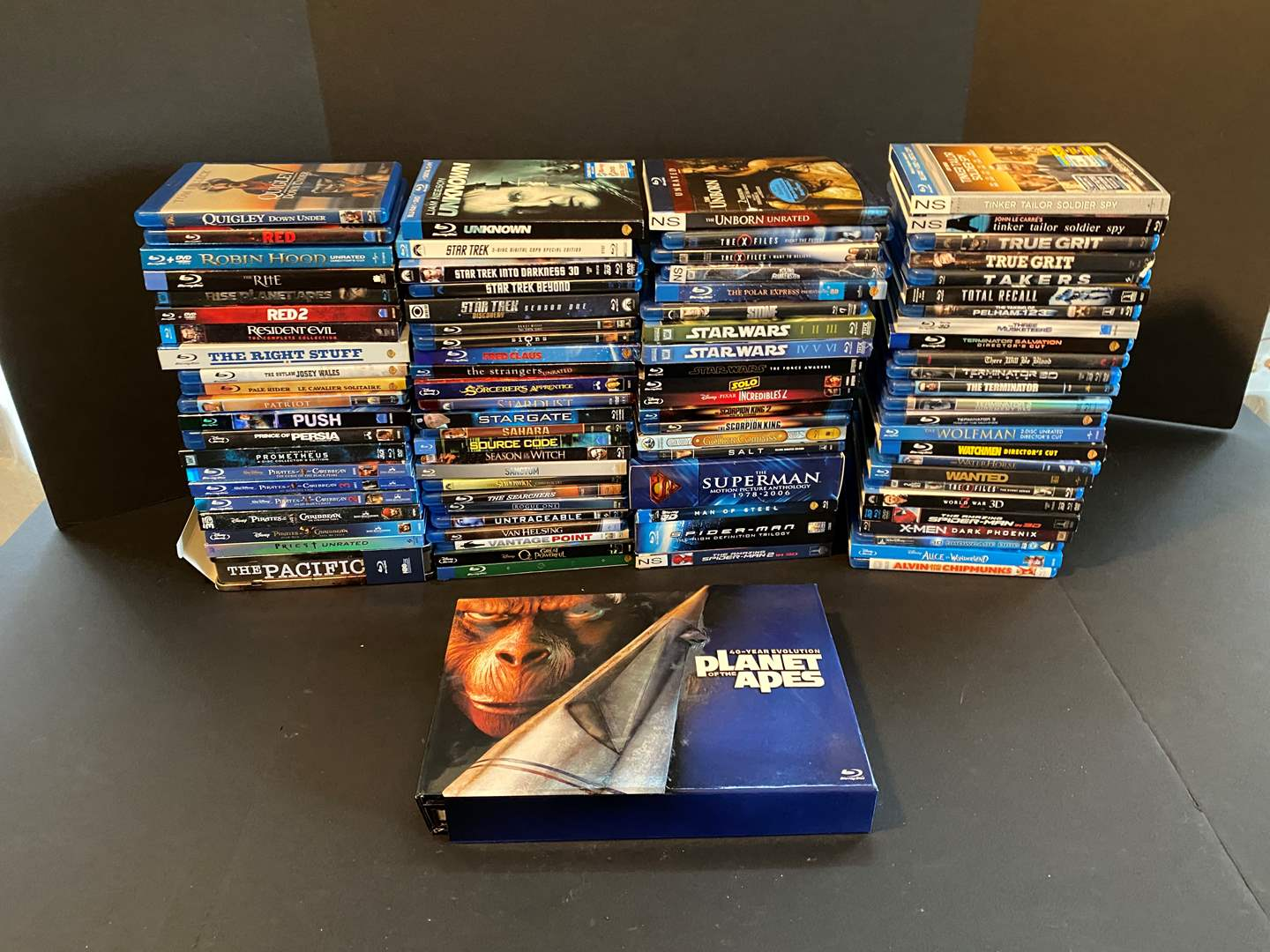 Lot # 25 - Great Collection of Blu-Ray DVD Movies - See Pictures for Titles (main image)