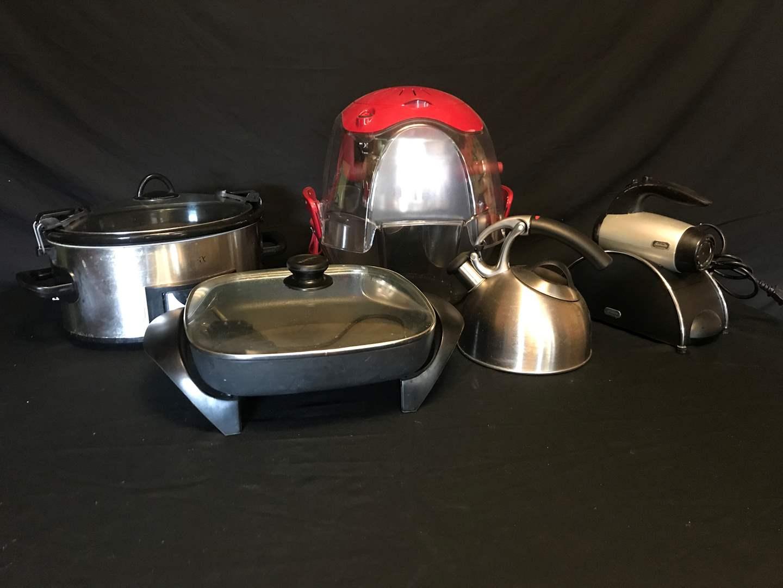 Lot # 65 - Sunbeam Hand Mixer, Westbend Electric Frying Pan, Hamilton Bech Popcorn Maker, Crock Pot & Tea Kettle (main image)