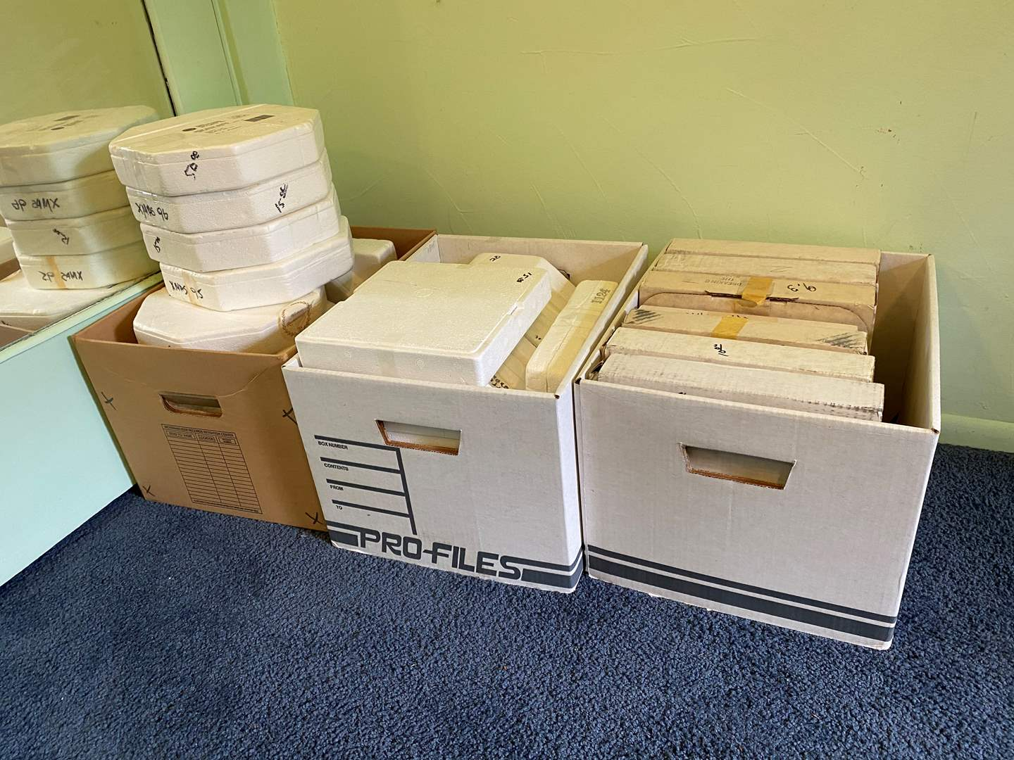 Lot # 82 - Large Selection of Norman Rockwell & Hummel Collector Plates (main image)