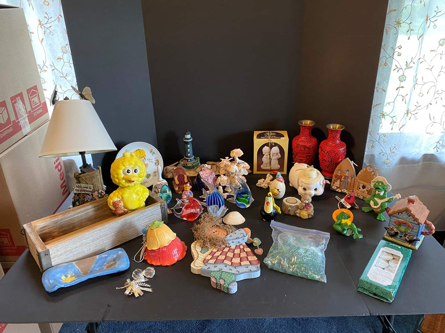 Lot # 94 - Nice Collection of Home Decor (main image)