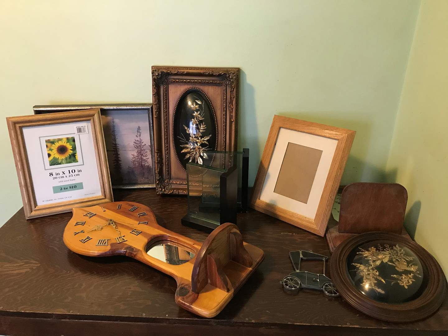 Lot # 90 - Selection of Wall Art, Clock & Picture Frames (main image)