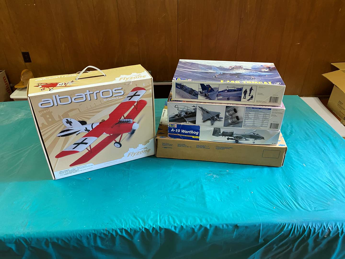 Lot # 115 - New in Box Model Airplanes (main image)