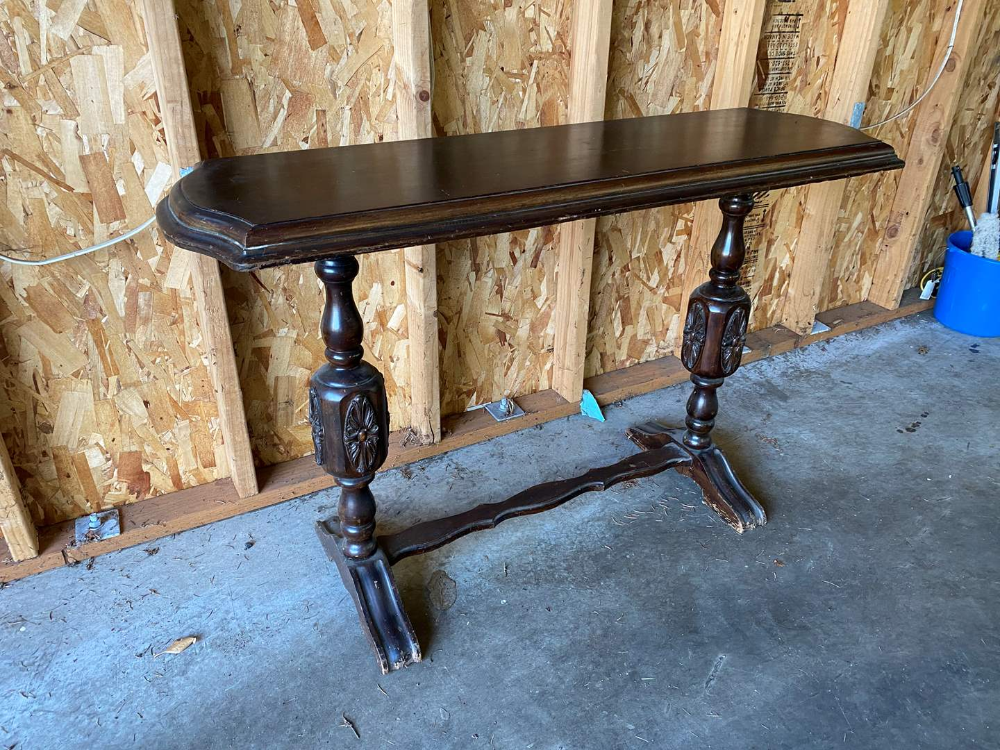 Lot # 221 - Vintage Wood Entry Way Table  (main image)