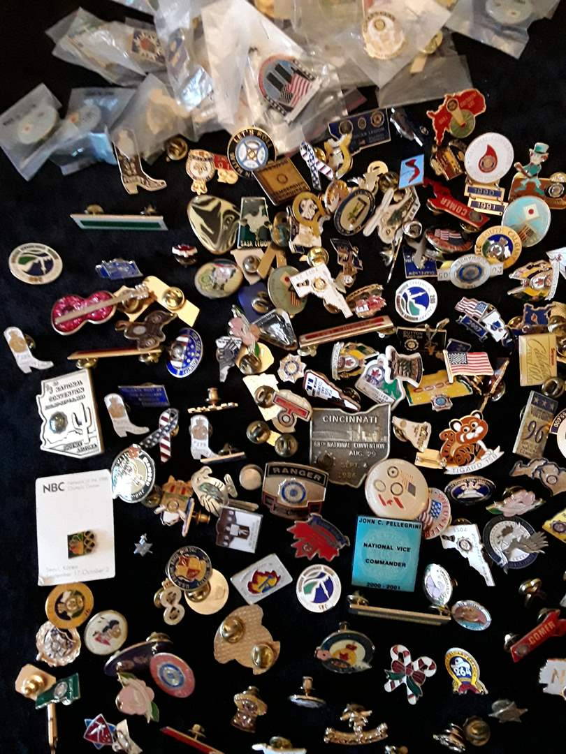 Lot # 88 - Large Lot of Vintage Pins (main image)