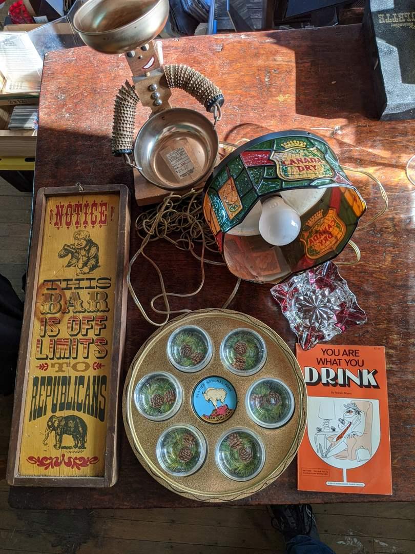 Lot # 15 - Whimsical Barware Set  (main image)