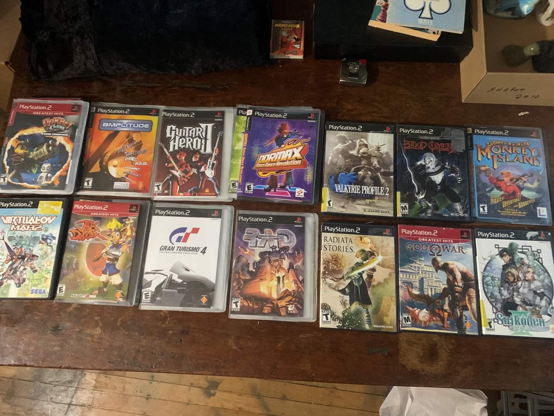 Lot # 19 - Lot of Playstation 2 (PS2) Games (main image)
