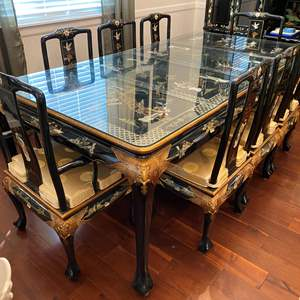Lot # 6 - Beautiful Ornate Asian Black Lacquered Dining Room Table w/8 Chairs  & 2 Leaves