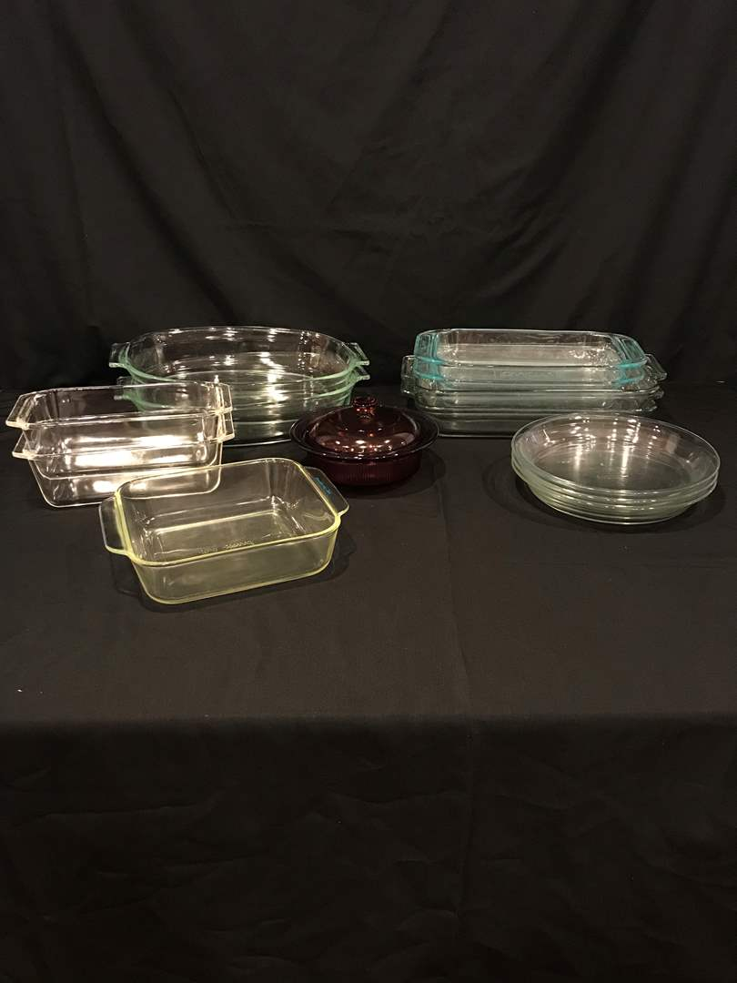 Lot # 62 - Nice Lot of Pyrex Baking Dishes, Pie Plates, Bread, Casserole & Vision Casserole (main image)