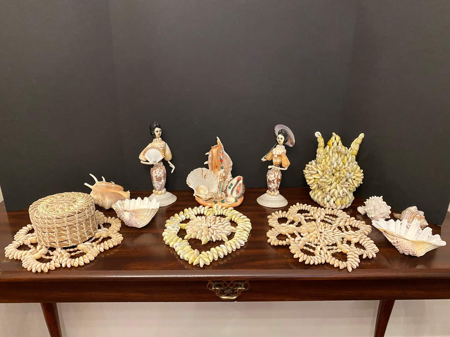 Lot # 24 - Misc. Collection of Sea Shell Artwork & Shells (main image)