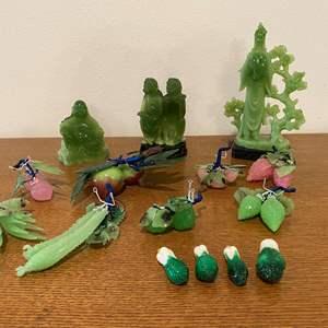 Lot # 101 - Misc. Jade & Glass Items
