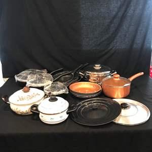 Lot # 77 - Nice Selection of Pots & Pans: Wherever, Gotham & Bella