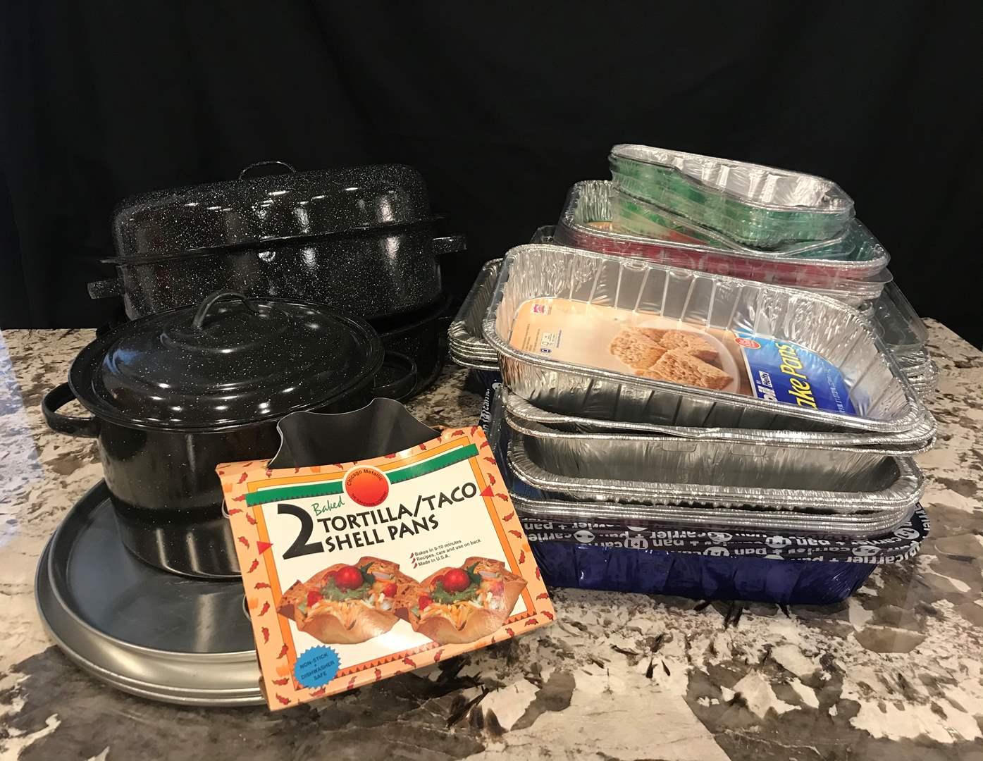 Lot # 80 - Roasting Pans, Tin Baking Pans of Various Sizes, Pizza Pans (main image)
