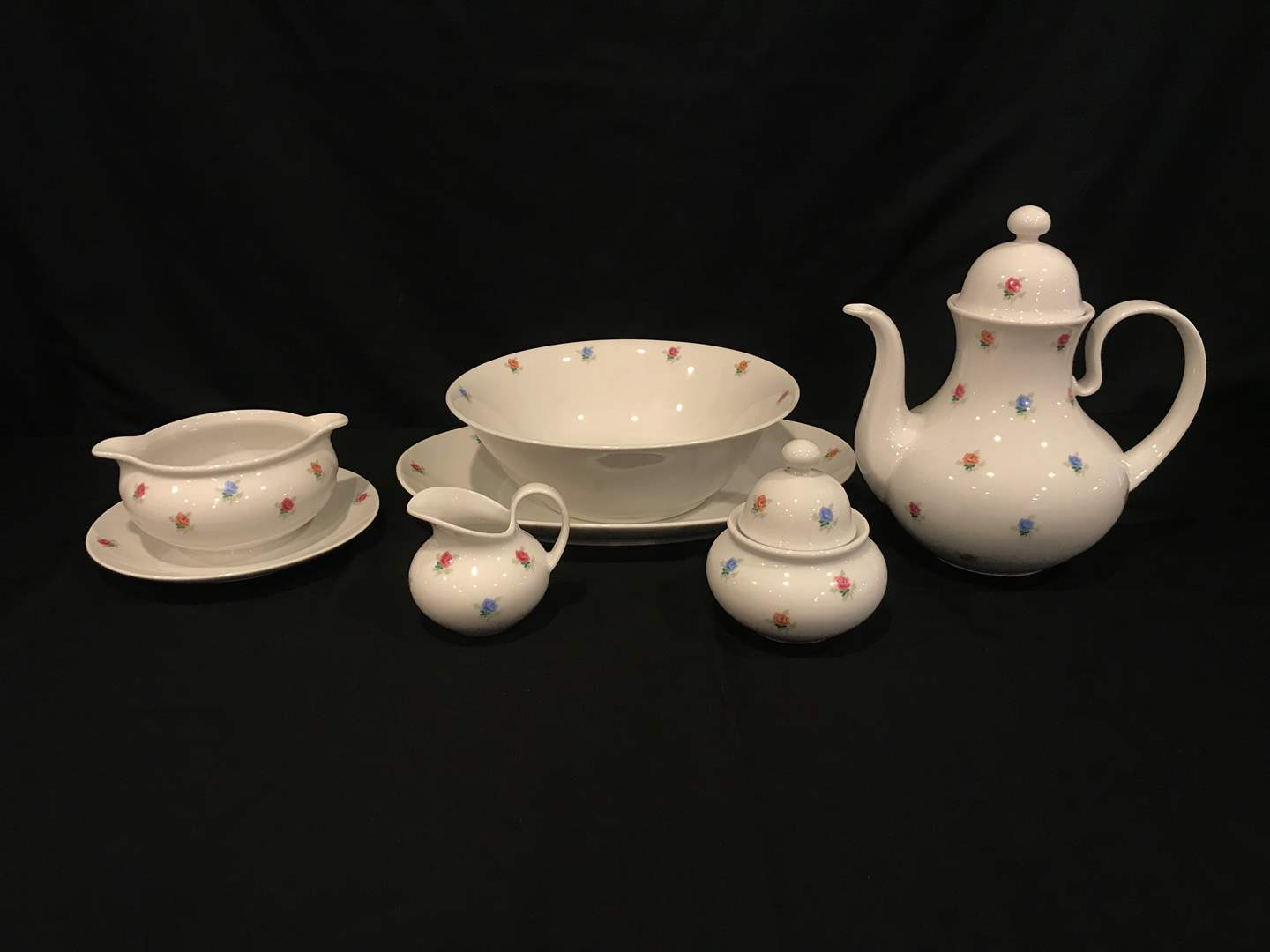 Lot # 82 - Very Cute 8 Piece Set of Seltman Weiden Patricia China (main image)