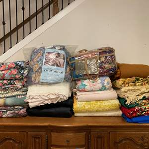 Lot # 134 - Large Selection of Italian Bed Covers, Comforters & Bed Spreads of Various Sizes - Some New