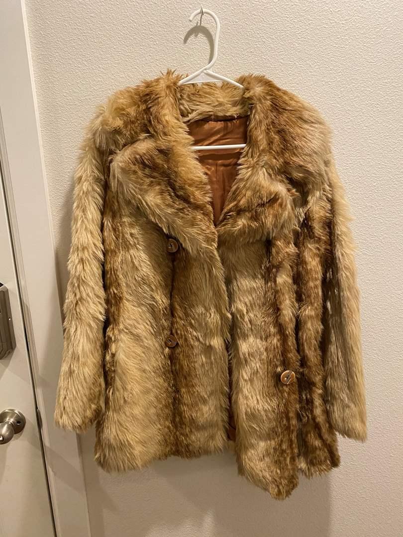 Lot # 140 - Nice Women's Faux Fur Coat (main image)
