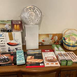Lot # 146 - Nice Selection of New Kitchen Items - See Pictures