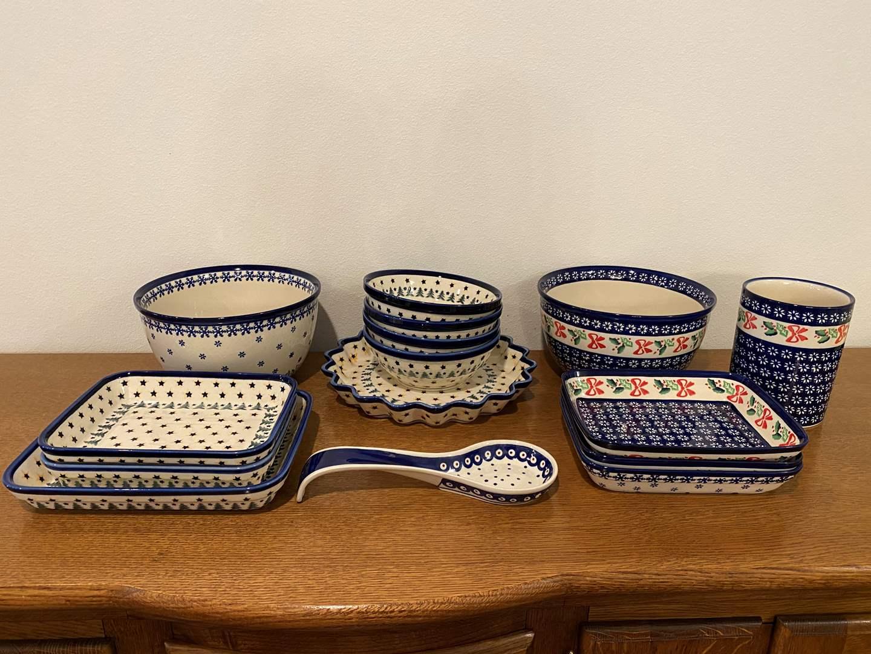 "Lot # 155 - Seventeen Pieces of Beautiful Matching ""Boleslawiec"" Polish Dishes (main image)"