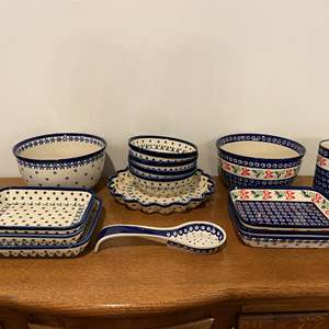"Lot # 155 - Seventeen Pieces of Beautiful Matching ""Boleslawiec"" Polish Dishes"