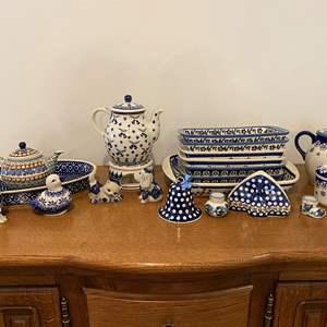 Lot # 157 - Twenty-Six Pieces of Polish Pottery: Wiza, Boleslawiec & More..
