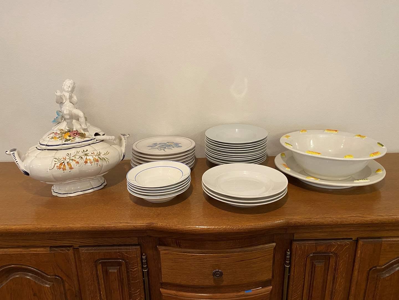 Lot # 160 - Misc. Dinner Plates, Bowls, Soup Tureen & Large Pasta Bowl (main image)