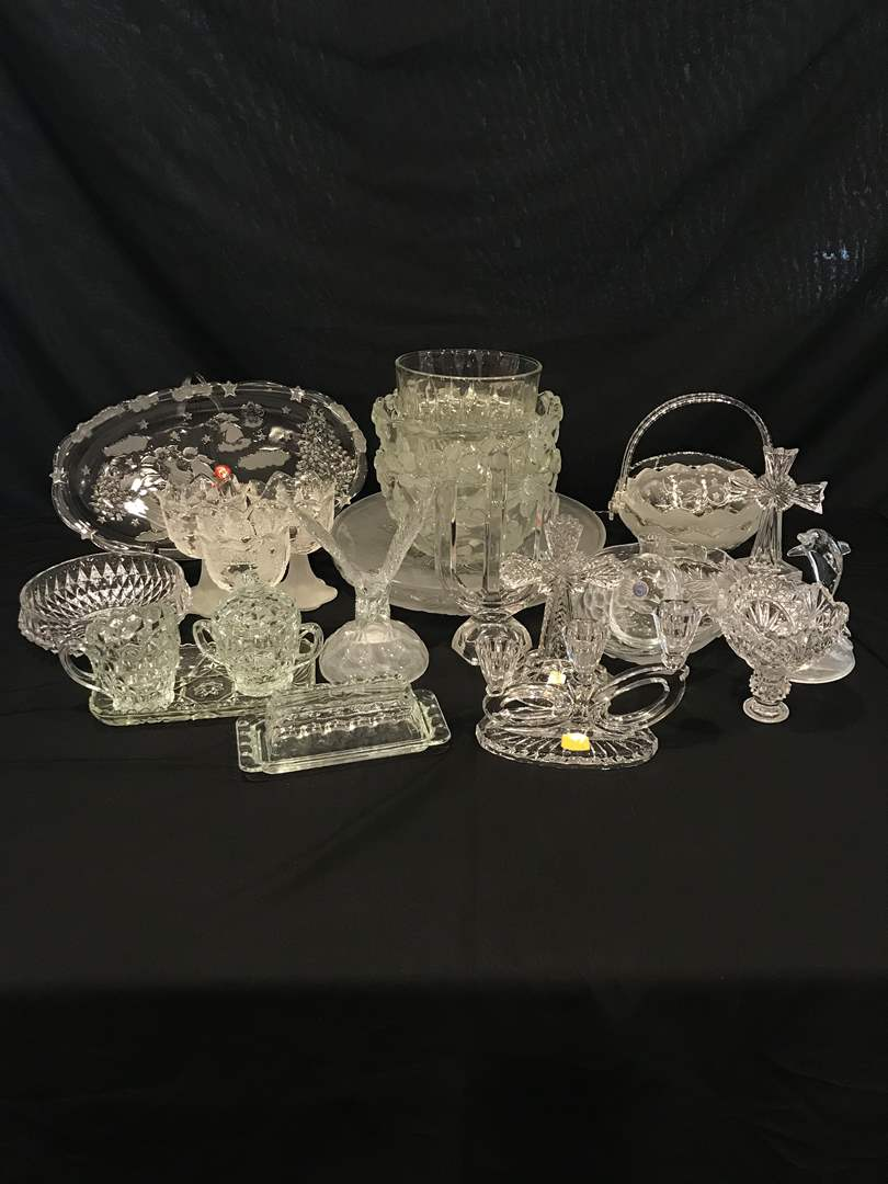 Lot # 208 - Large Lot of Crystal Bowls, Serving Dishes & Glass Decor (main image)