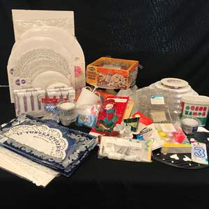 Lot # 217 - Nice Selection of Cake Decorating Items, Cake Circles, Plastic Separator Plates/Pillars, Cookie Cutters & More..