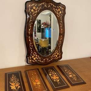 Lot # 189 - Beautiful Mirror w/Wall Hangings - Matches Lot #44 & #45