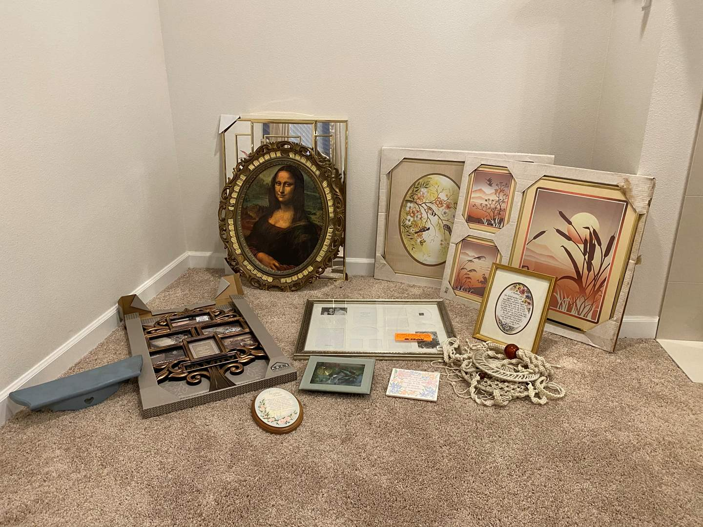Lot # 232 - New Wall Art, Mona Lisa Print, New Picture Frames & More.. (main image)