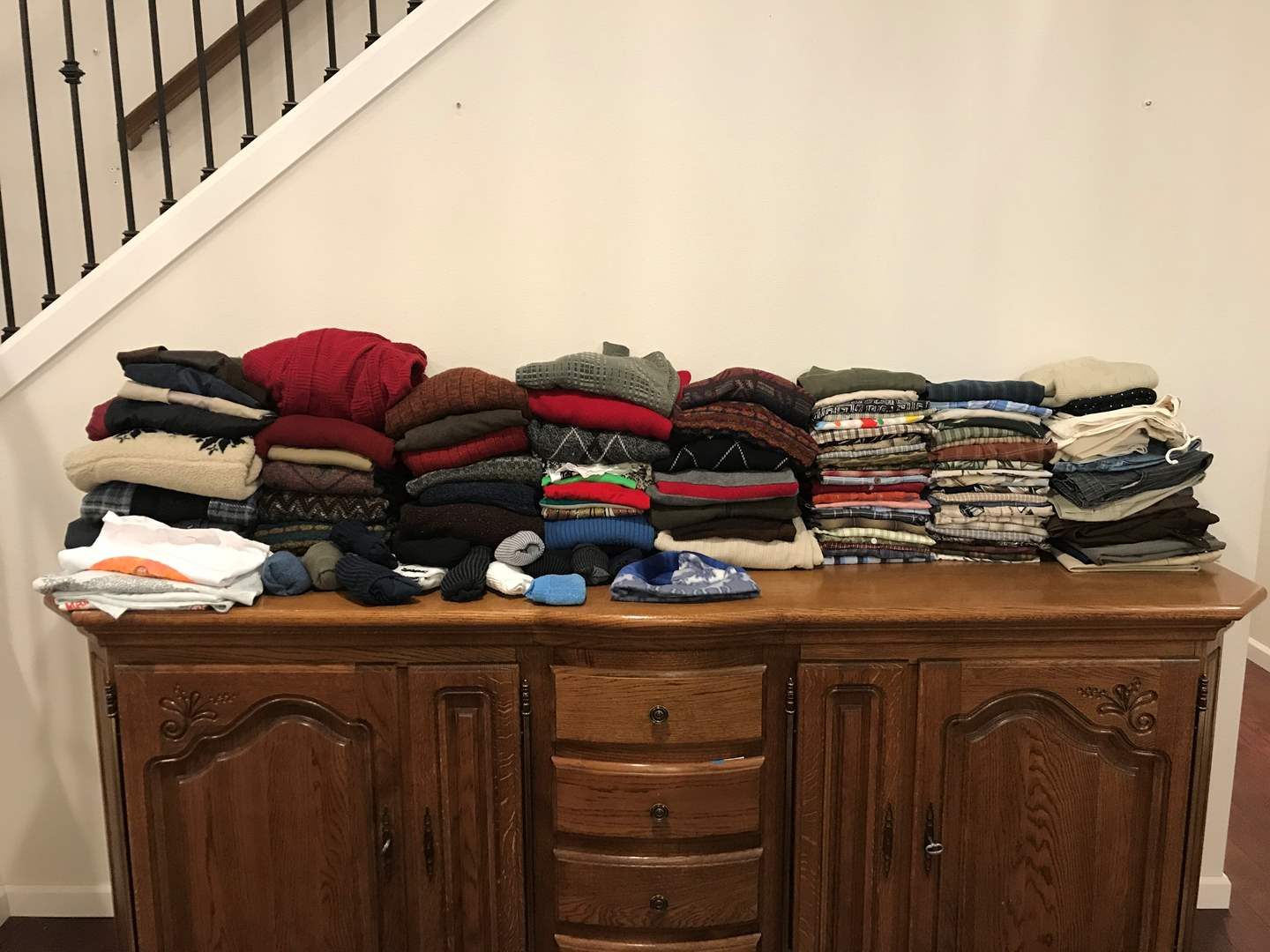 Lot # 227 - Selection of Mens & Women's Clothing - See Pictures for Sizes & Brands (main image)