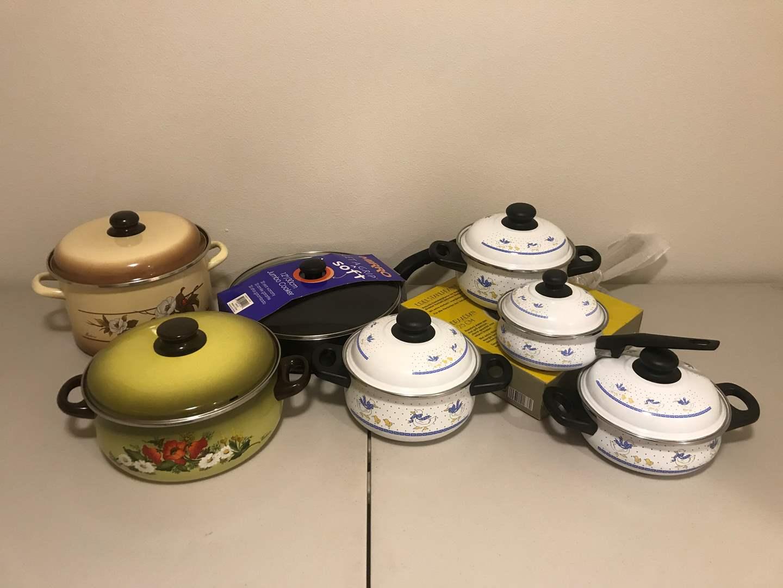 Lot # 281 - New Pots & Pans (main image)