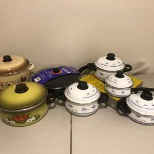 Lot # 281 - New Pots & Pans