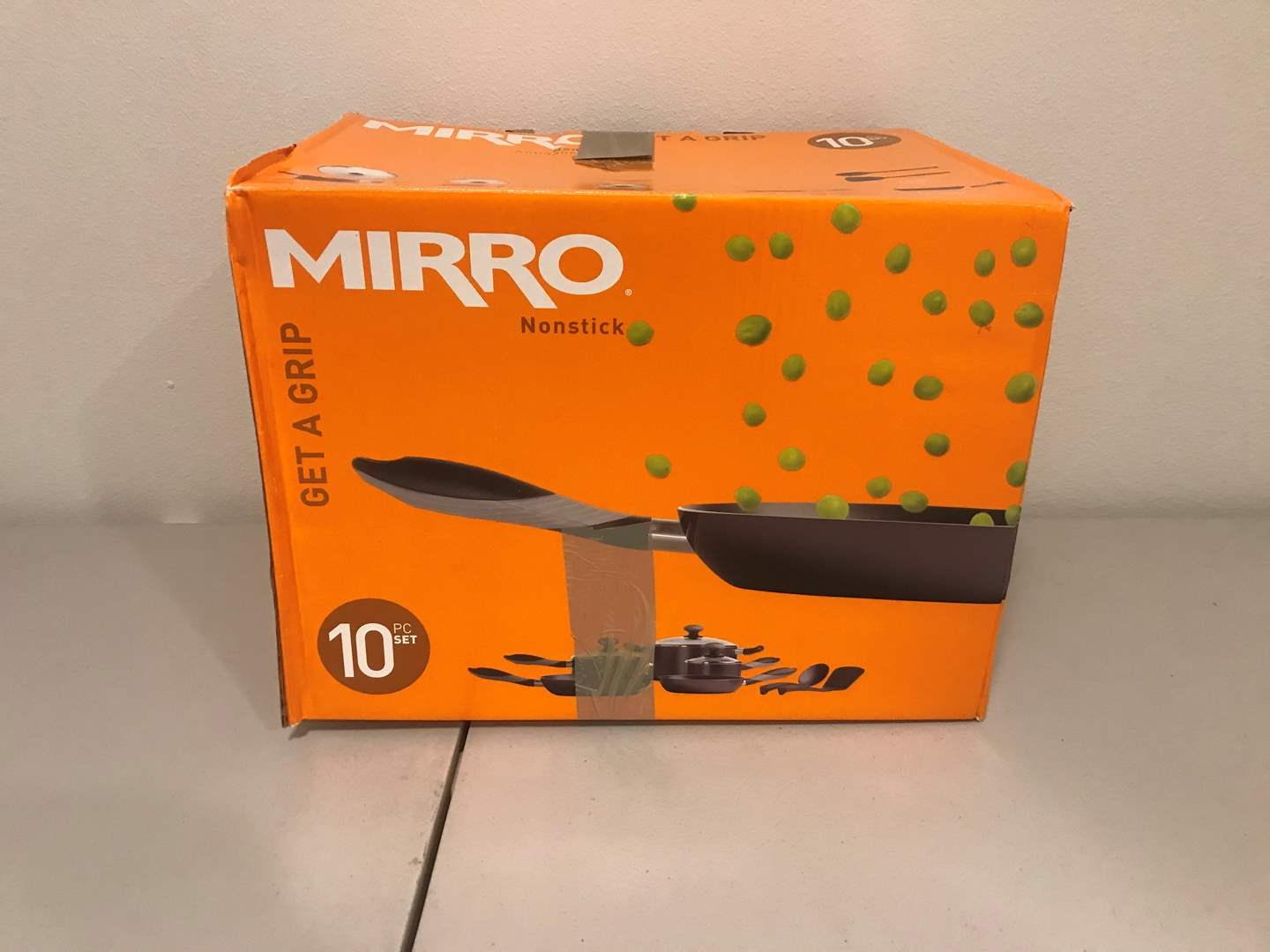 Lot # 282 - New in Box Mirro 10 Piece Set of Pots & Pans (main image)