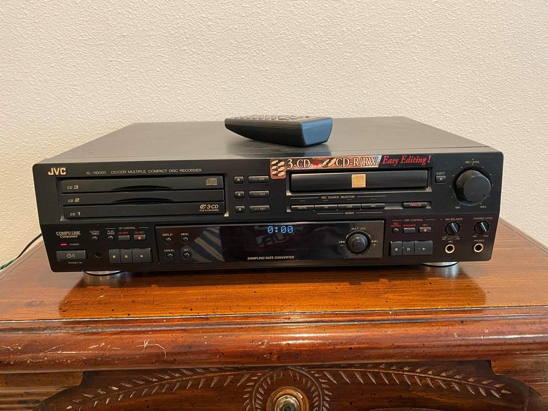 Lot # 267 - JVC XL-R500 Multi-Compact Disk Recorder  (main image)