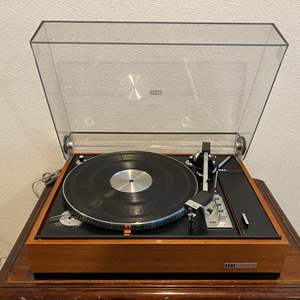 Lot # 272 - ELAC Miracord 50 HII Turntable - Powers On