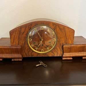 Lot # 307 - Nice Wood Mantle Clock