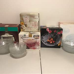 Lot # 296 - Some New & Some Lightly Used Crystal Glass