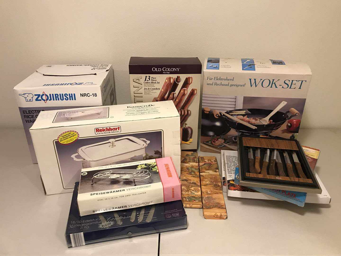 Lot # 298 - New in Box Wok Set, Lightly Used Rice Cooker, Warming Trays, Knives & More.. (main image)