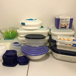 Lot # 331 - Selection of New & Lightly Used Plastic Items