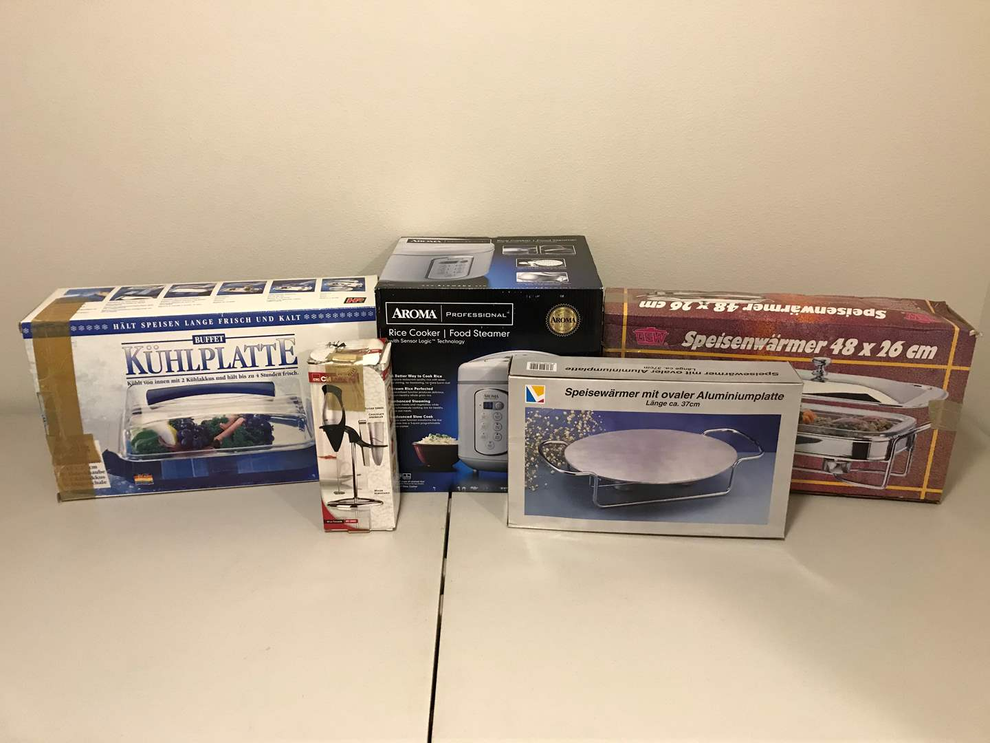 Lot # 337 - New in Box Aroma Rice Cooker, Warming Trays & More.. (main image)