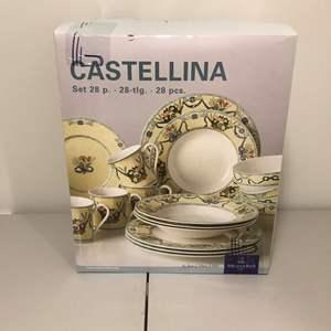 Lot # 345 - Set of Villeroy & Boch Castellina Dinnerware