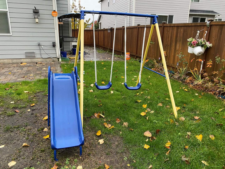 Lot # 375 - Metal Swing Set  (main image)