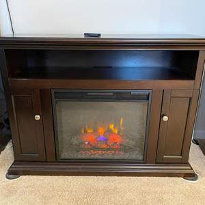 """Lot # 304 - Nice """"Twinstar"""" Fireplace Heater TV Stand - Works Great"""