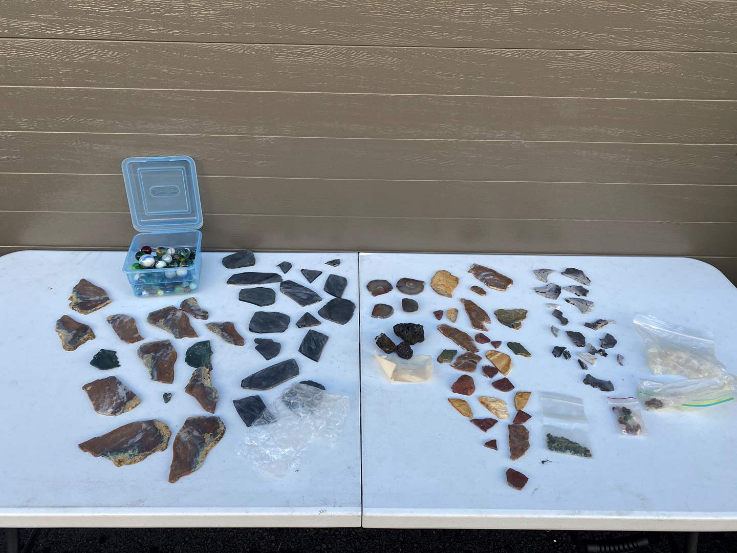 Lot # 73 - Small Collection of Rocks & Marbles (main image)