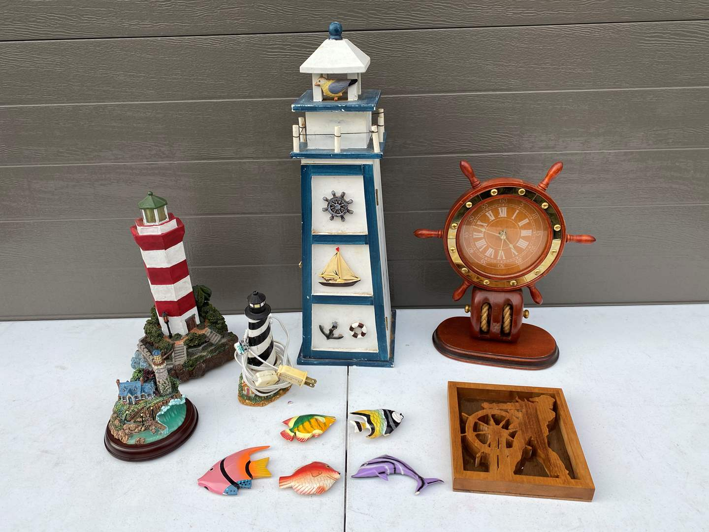 Lot # 82 - Lighthouses & Nautical Decor (main image)