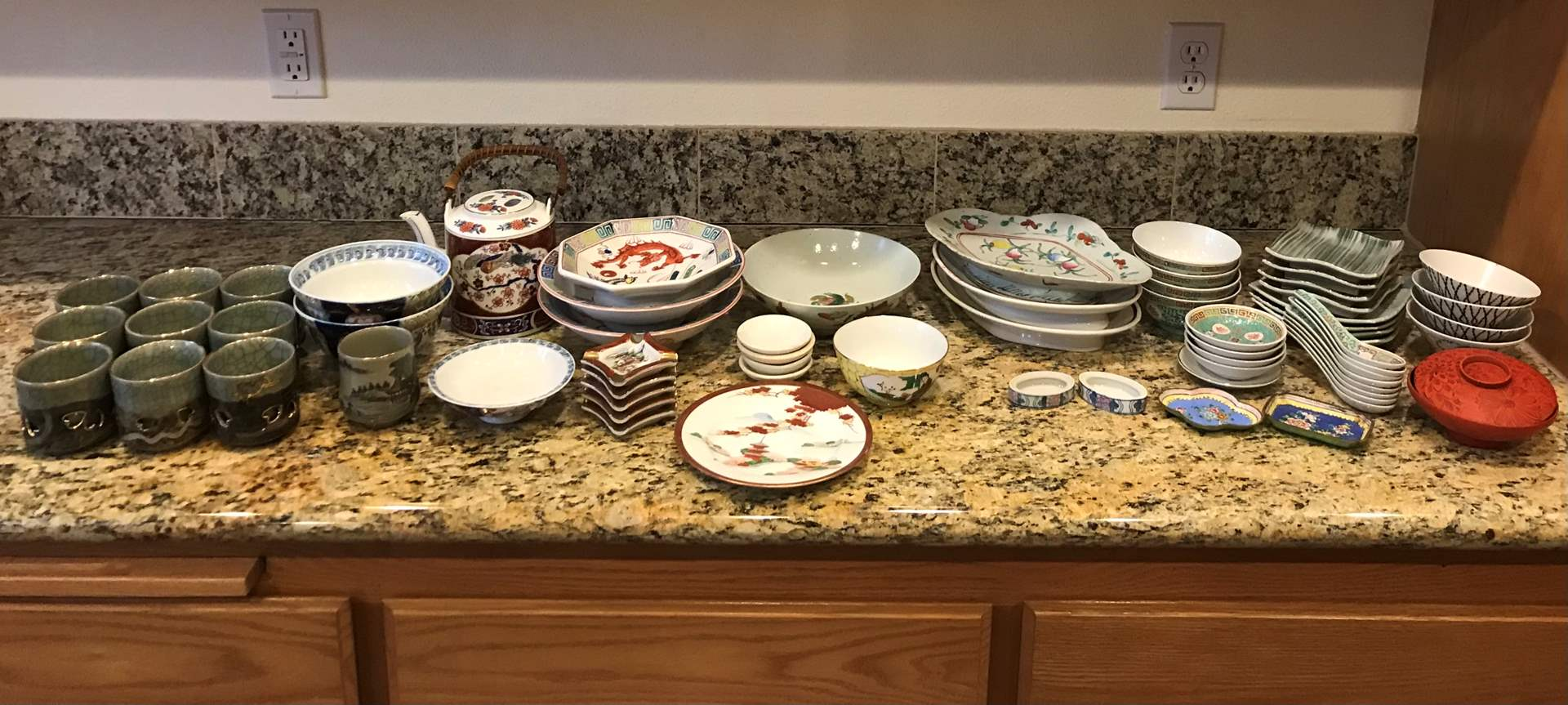 Lot # 57 - Selection of Asian Bowls, Plates, Spoons, Cups & More.. (main image)