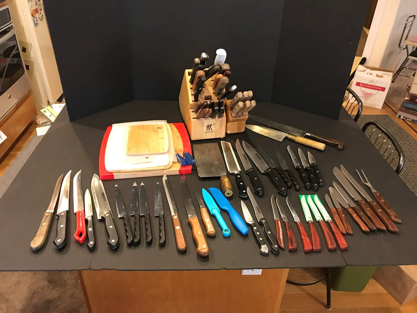 Lot # 87 - Large Selection of Kitchen Knives & Cutting Boards (main image)