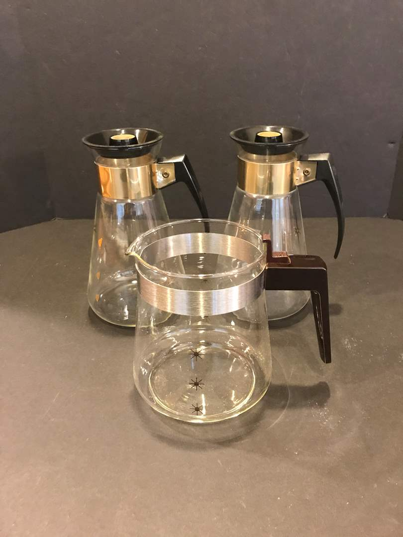 Lot # 92 - Mid-Century Starburst Coffee Carafe & Coffee Pots (main image)