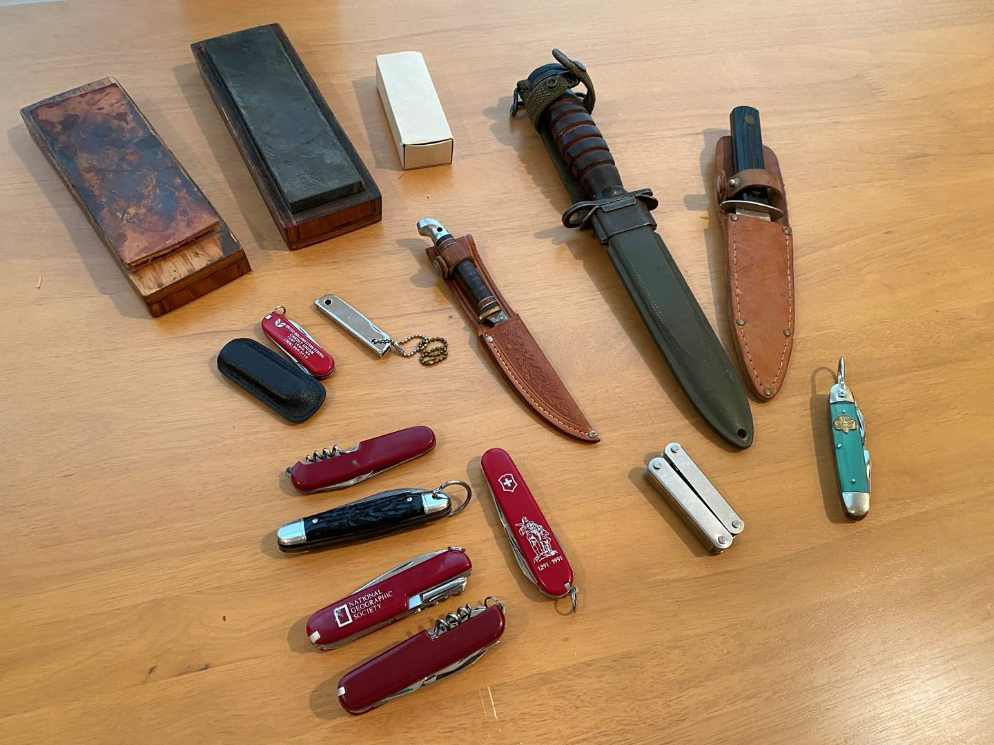 Lot # 224 - Vintage U.S. WWII Imperial M4 Bayonet w/Scabbard, Girl Scout Pocket Knife, Swiss Army Knives & More.. (main image)